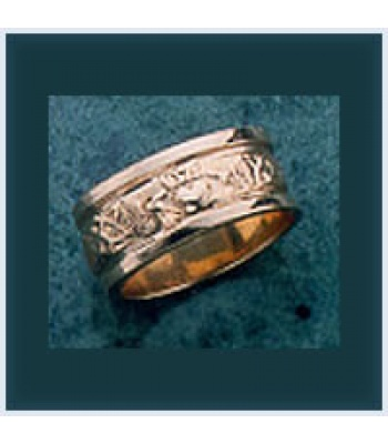 Claddagh Wedding Band (8mm)