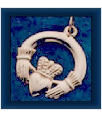 Medium Claddagh Pendant