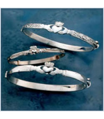Embossed Claddagh Bangle
